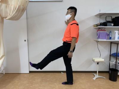 足振り体操1